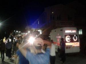 Diyarbakır'da sivil aracın geçişi sırasında patlama: 4 ölü, 13 yaralı