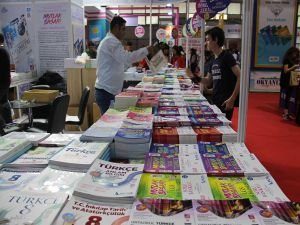 Diyarbakır 7'nci Kitap Fuarı açıldı