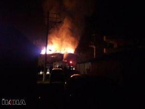Balıkesir'deki ev yangınında 2 yaşındaki çocuk hayatını kaybetti