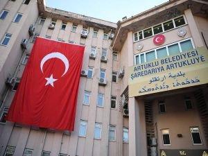 Artuklu Belediyesi giriş tabelası yenilendi