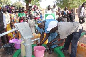 IHO Ebrar Kamerun'da su kuyusu açtı