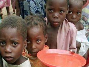 Zimbabve açlık kriziyle karşı karşıya