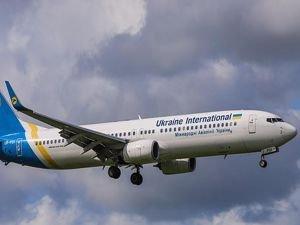 İran'da yolcu uçağı düştü: 180 ölü