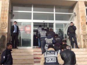 Akaryakıt operasyonu: 18 tutuklama