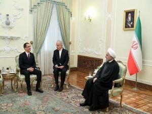 Ruhani: ABD, izlediği politikalardan pişman olacak