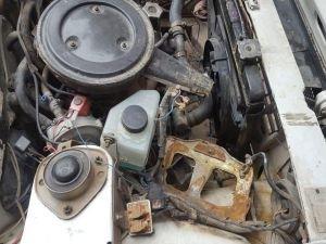 Diyarbakır'da evin önünde park halindeki aracın aküsü çalındı