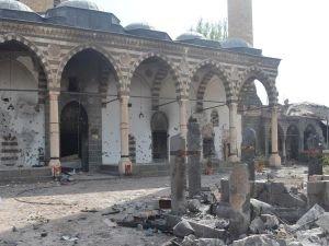 500 yıllık Camiyi bu hale getirdiler