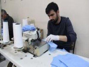 Diyarbakır Selahaddin Eyyübi Devlet Hastanesi maske üretimine başladı