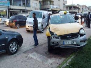 Batman'da maddi hasarlı kaza