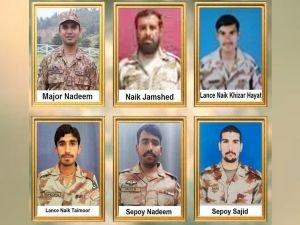 Pakistan'da askeri araca bombalı saldırı: 6 ölü
