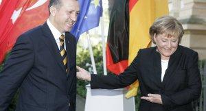 Avrupa'dan Merkel'e Erdoğan tepkisi