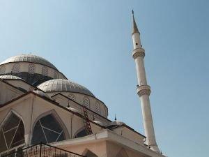 İzmir'de camiye ikinci saygısızlık