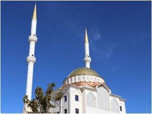 Van'daki STK'lardan İzmir'deki camilere yapılan saygısızlığa tepki
