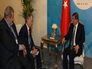 Başbakan Davutoğlu, Kırım Tatar halkının lideri Kırımoğlu'nu kabul etti