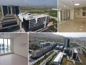 Malatya Turgut Özal TIP Merkezi Onkoloji Hastanesinin inşaatı tamamlandı