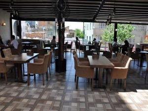 Batman'daki kafe ve lokantalar uzun bir aradan sonra hizmete açıldı