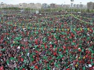 Diyarbakır 'Büyük Kutlu Doğumu programı' canlı yayınlanacak