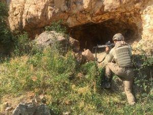 Hakkari kırsalında 2 PKK'lı öldürüldü