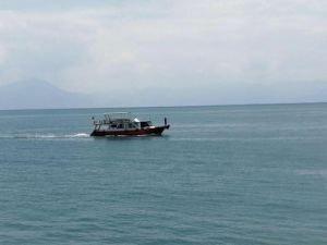 Van Gölü'nde batan göçmen teknesi bulundu