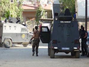 Diyarbakır'da PKK operasyonu: 14 gözaltı