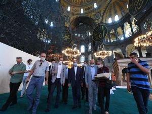 Diyanet İşleri Başkanı Erbaş, Ayasofya Camii'nde incelemelerde bulundu