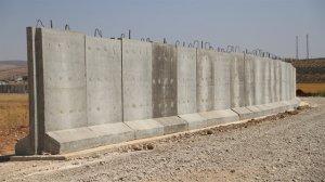 Suriye sınırına örülen duvarı Nisan ayında tamamlanacak