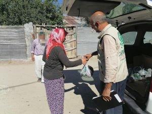 Elazığ Umut Kervanı yüzlerce ihtiyaç sahibi aileye kurban eti dağıttı