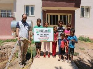 Avrupa Yetim Eli Şanlıurfa'da okul bahçesinde su kuyusu açtı