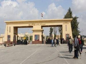 Mısır, Refah Sınır Kapısını 3 günlüğüne yeniden açtı