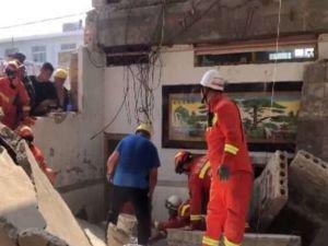 Çin'de restoran çöktü: 5 ölü