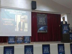 'Gelin Birlikte Olalım'  konulu konferans düzenlendi