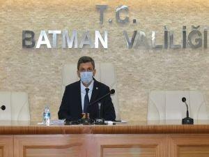 """Batman Valisi Şahin: """"Vaka sayılarında üçte birlere düşmüş durumdayız"""""""