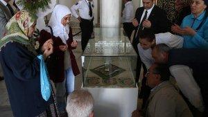 Sakal-ı Şerif sergisi ziyarete açıldı