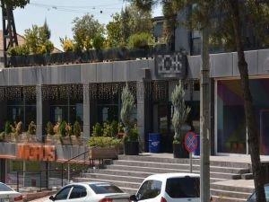 Milletvekili Özdemir'den içkili restorana tepki: Kabul edilemez