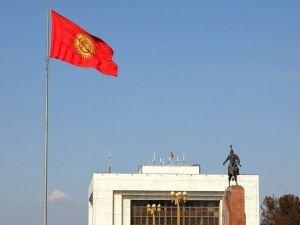 Kırgızistan'ın başkenti Bişkek'te protestolar nedeniyle yeniden olağanüstü hâl ilan edildi