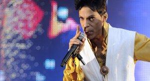 Ünlü şarkıcı Prince Rogers evinde ölü bulundu