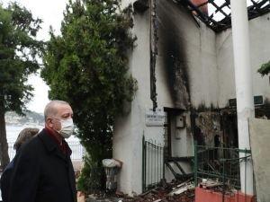 Cumhurbaşkanı Erdoğan, tarihi Vaniköy Camii'nde incelemelerde bulundu
