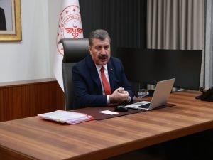"""Sağlık Bakanı Koca vatandaşlardan """"#bizevdeyiz"""" paylaşımı istedi"""