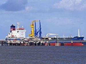 Saudi Aramco tesislerine saldırı sonrası brent petrolün varili 48 dolar oldu