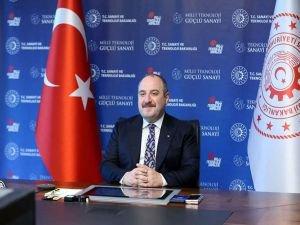 """Bakan Varank """"Türkiye Rüzgar Enerjisi Kongresi""""nde konuştu"""
