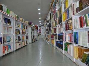 Sokağa çıkma kısıtlamalarında internet ve TV bağımlılığı arttı, kitap okuma oranları düştü