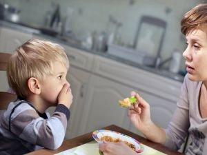 Çocuklardaki yeme bozuklukları