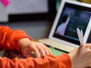 Malatya'da uzaktan eğitime destek için tablet dağıtıldı