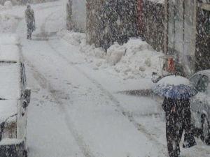 Meteorolojiden yoğun kar yağışı ve çığ uyarısı