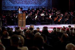Erdoğan: Bizi birbirimize bırakanlar kendi karanlıklarında kaybolacaklar