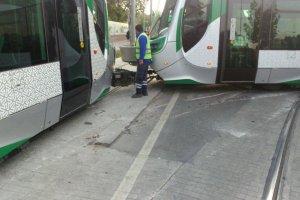 Konya'da Kampüs seferini yapan tramvay raydan çıktı