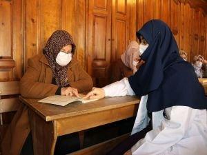 Kur'an-ı Kerim aşkı yaş sınırı tanımıyor