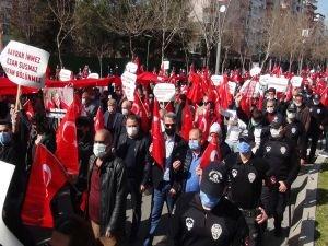Batman'da PKK'ya tepki yürüyüşü düzenlendi