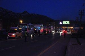 Yol kenarına döşenen kablo polisi alarma geçirdi