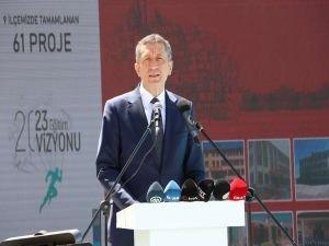 Milli Eğitim Bakanı Ziya Selçuk Mardin'de temaslarda bulundu